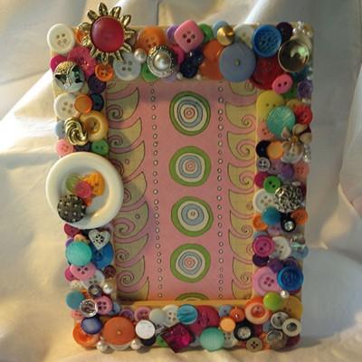 button frames (pink)